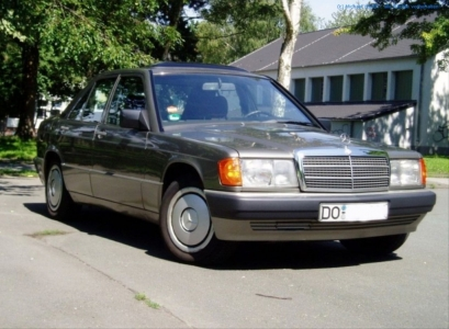 1989er Mercedes Benz 190E 2.0 #02