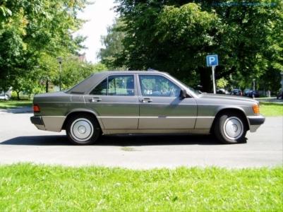 1989er Mercedes Benz 190E 2.0 #06
