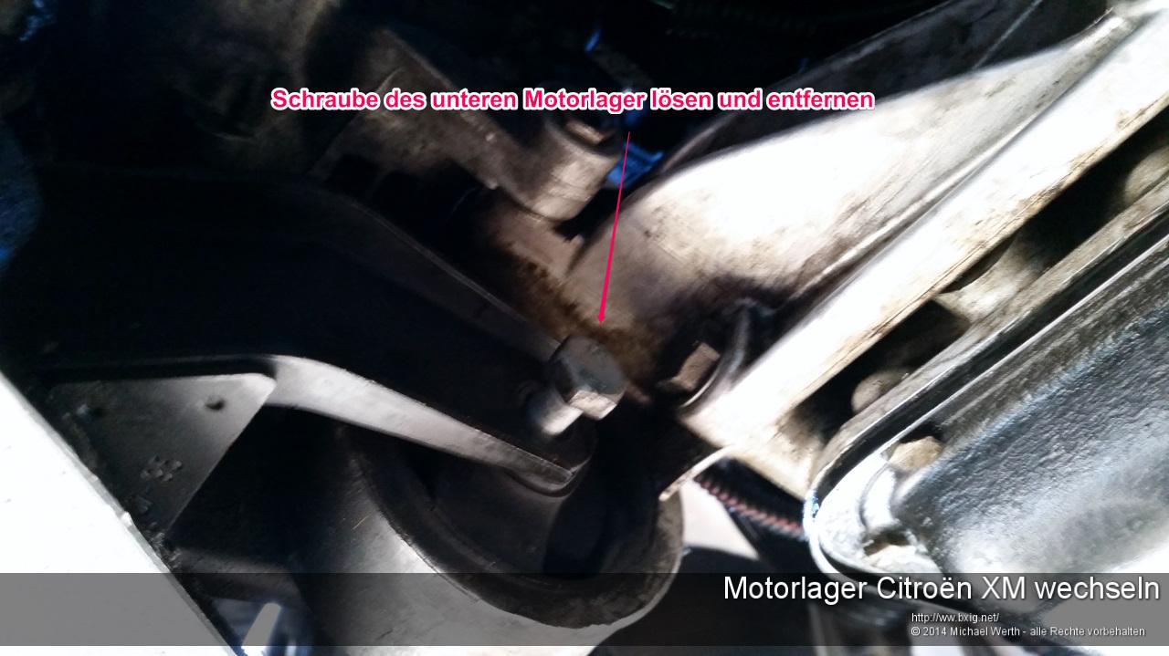 Motorlager_oben_und_unten_Citroen_XM_wechseln-11