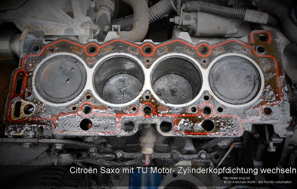 citroen-saxo-mit-tu-motor-zylinderkopfdichtung-wechseln-15
