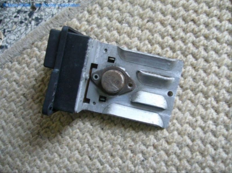 Citroen BX - Kondensator_freilegen_06