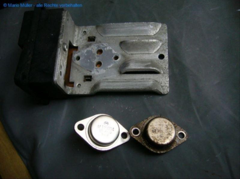 Citroen BX - Kondensator_freilegen_10
