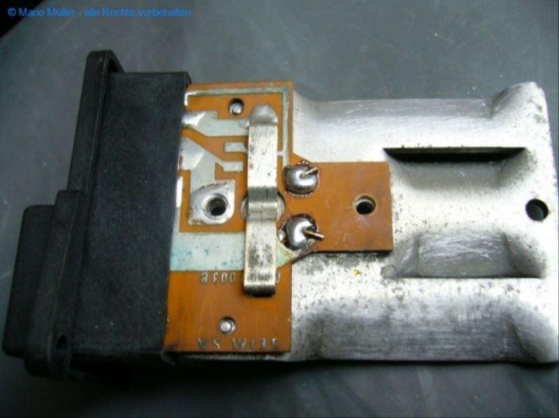 Citroen BX - Kondensator_freilegen_12